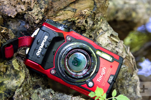 le tought tg 5 est un appareil photo numérique compact très résistant